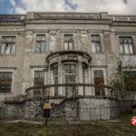 Pałac w Brwinowie do remontu