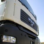 Ciężarówki niszczą drogi w Piasecznie i okolicach