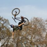 W Milanówku i Podkowie Leśnej powstaną tory do rowerowych ewolucji
