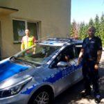 Policjanci z Lesznowoli dzięki doskonałej orientacji w terenie odnaleźli mieszkanie, z którego 6- letni chłopiec wzywał pomoc do nieprzytomnego ojca