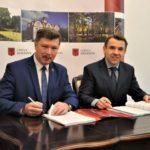 Podpisana umowa na obsługę komunikacji miejskiej w Brwinowie